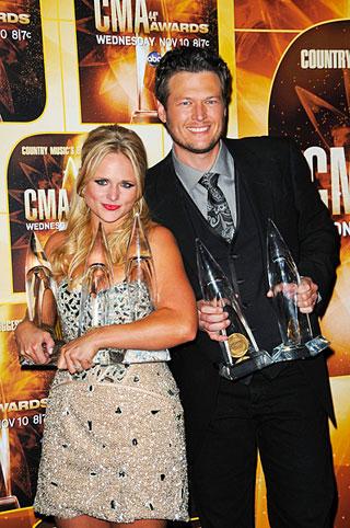 Co je doma, to se počítá: Miranda a Blake Shelton s cenami