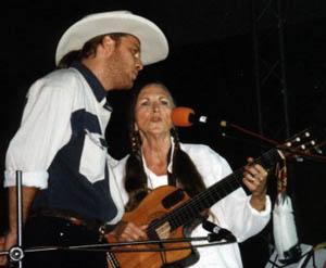 V roce 2000 v Hošticích s Allanem Mikuškem