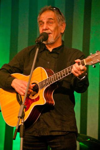 Wabi Daněk, koncert Honzy Vyčítala a skupiny Greenhorns, Praha, Divadlo ABC 21.10.2012 (Foto: Jiří Konc / CountryWorld.cz)
