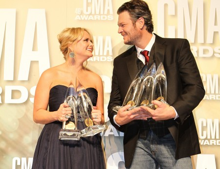 Miranda Lambert a Blake Shelton a jejich ceny (Foto: CMA)